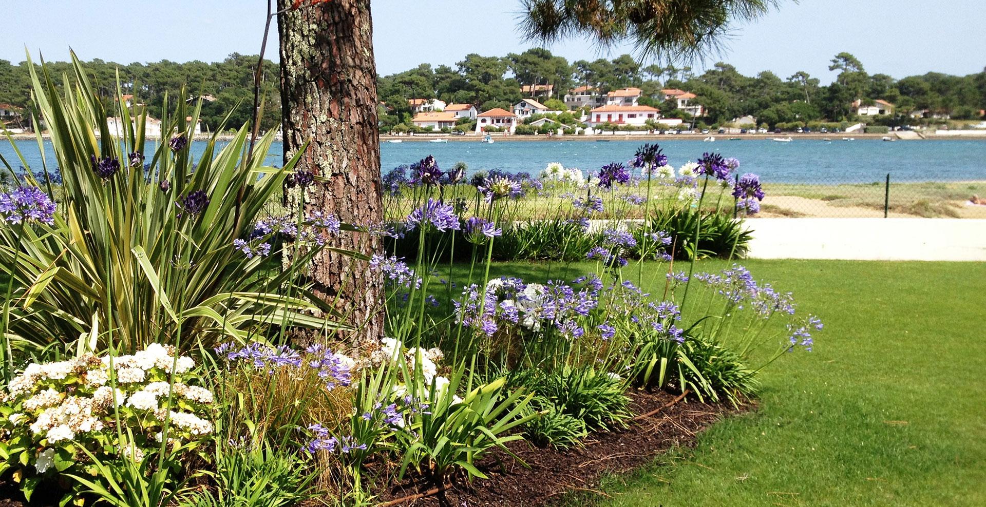 Ambiance paysage cr ation de vos jardins espaces verts for Site de paysagiste